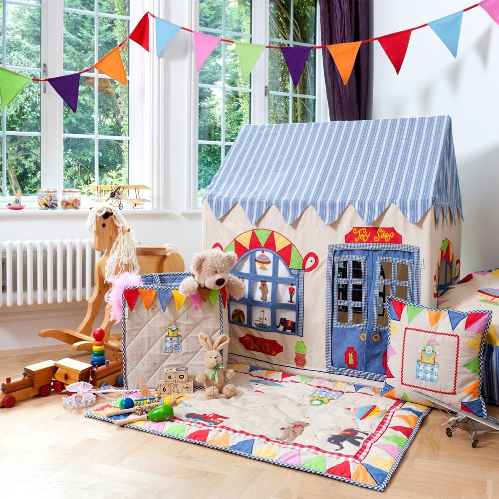 Win Green Playhouse Toy Shop Themed